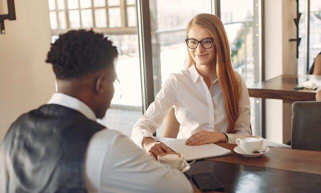 Rozmowa rekrutacyjna – jak mieć większe szanse na zdobycie pracy?