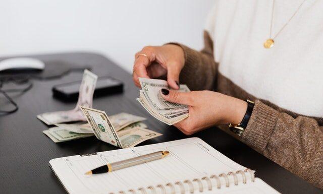 Czym jest poduszka finansowa?