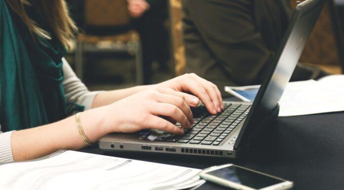 Na czym polega praca copywritera?